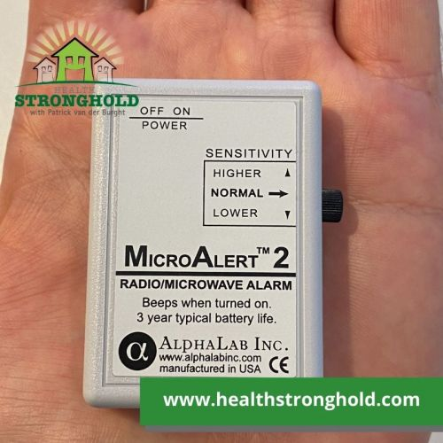 Micro Alert 2 by Alphalab, the tiny personal RF Radiation Detector for all-day alarms